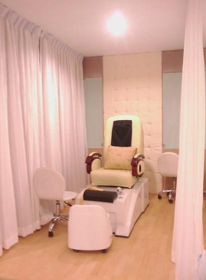 Nail Spa At Thailand Interior Design Supapong Tadanipon