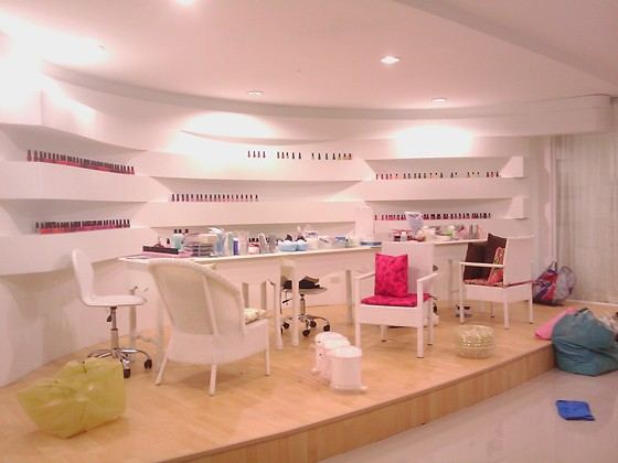 Nail Shop Interior Design Ideas